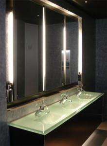 elegant sinks splash backs and taps
